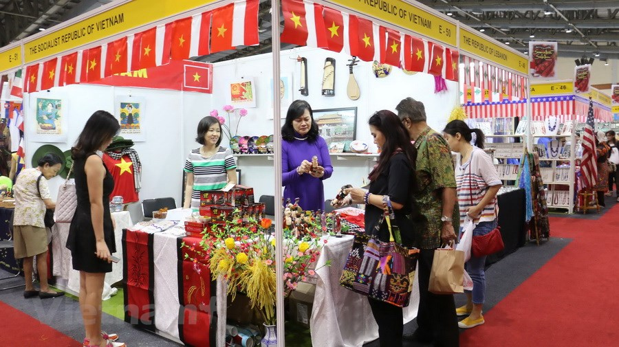 Tham gia hội chợ triển lãm quốc tế là cách tìm khách hàng nước ngoài hiệu quả