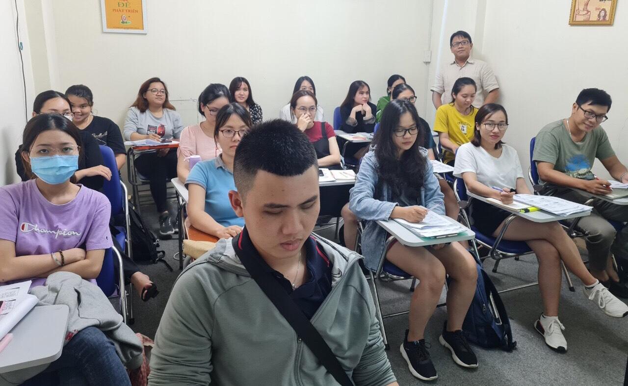 Hình ảnh đào tạo xuất nhập khẩu thực tê tại VinaTrain chi nhánh Hồ Chí Minh