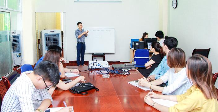 Trung tâm dạy quản trị nhân sự IAS